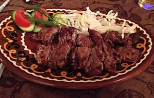 Schaschlik-Spieße in Almaty. (Quelle: ruti)