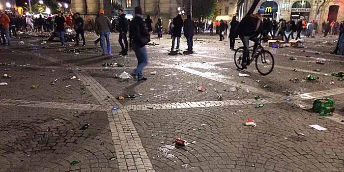 Dieses Bild gibt nicht annähernd wieder, wie der Place de la Victoire, auf dem die Fans den ganzen Tag feierten, aussah. (Quelle: Ruti)