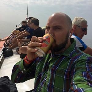 Auf dem schmalen Dach dieses Bootes habe ich sieben Stunden verbracht. Es brachte mich von Siem Reap nach Phnom Penh. (Foto: ruti)