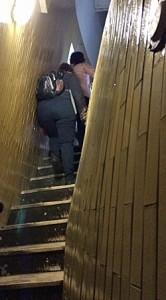 Der Weg hinauf zur Kuppel des Peterdoms wird immer schmaler und schiefer. (Foto: ruti)