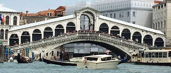 Die Rialtobrücke (Quelle: ruti)