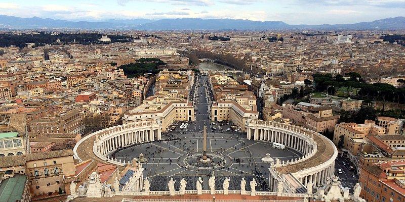 Um dieses Foto machen zu können, muss man hinauf, auf die Kuppel des Petersdoms. (Foto: ruti)