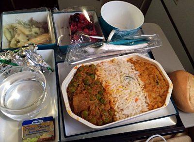 Essen bei SriLankan Airlines auf dem Flug von Frankfurt nach Colombo (Foto: ruti)