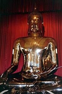 Der goldene Buddha im Wat Traimit in Bangkok (Foto: ruti)
