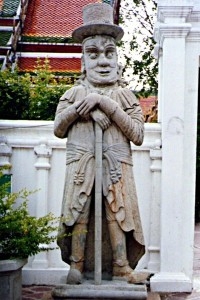 Tempelwächter im Wat Pho (Foto: ruti)