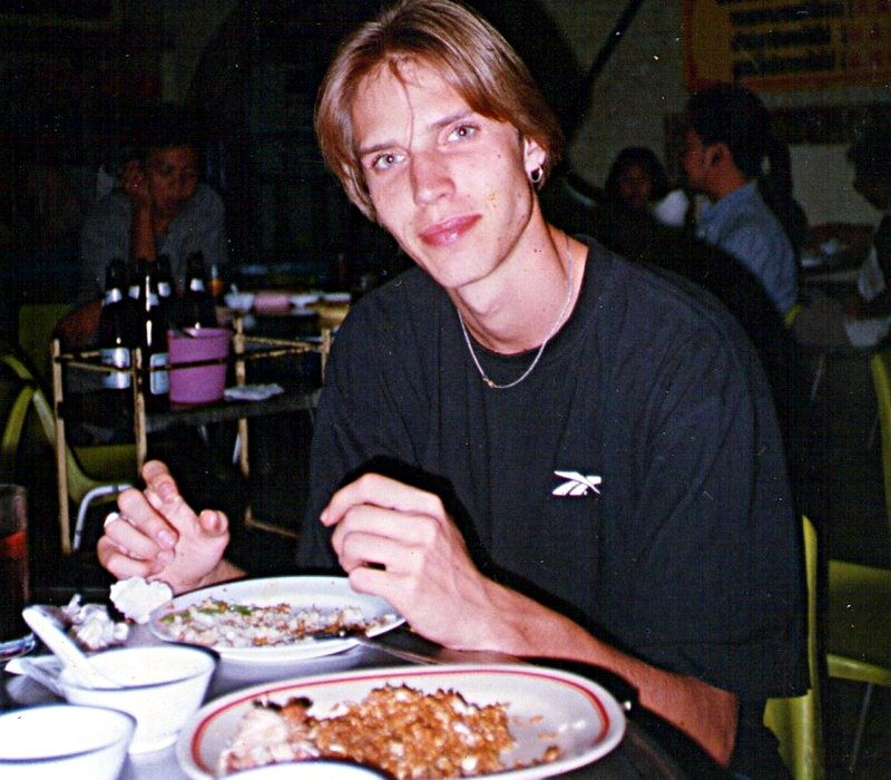 Ruti beim Dinner in Bangkok back in the days (Foto: Ruti)