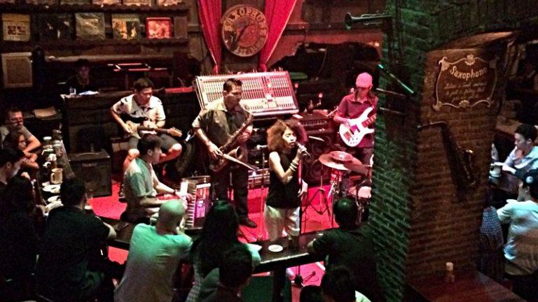 Das Saxophone Pub in Bangkok (Foto: Ruti)