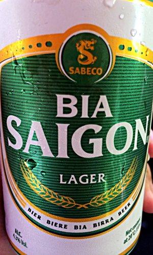 "Bier ""Saigon"" trinkt wohl jeder Vietnamreisende mal. (Foto: Ruti)"