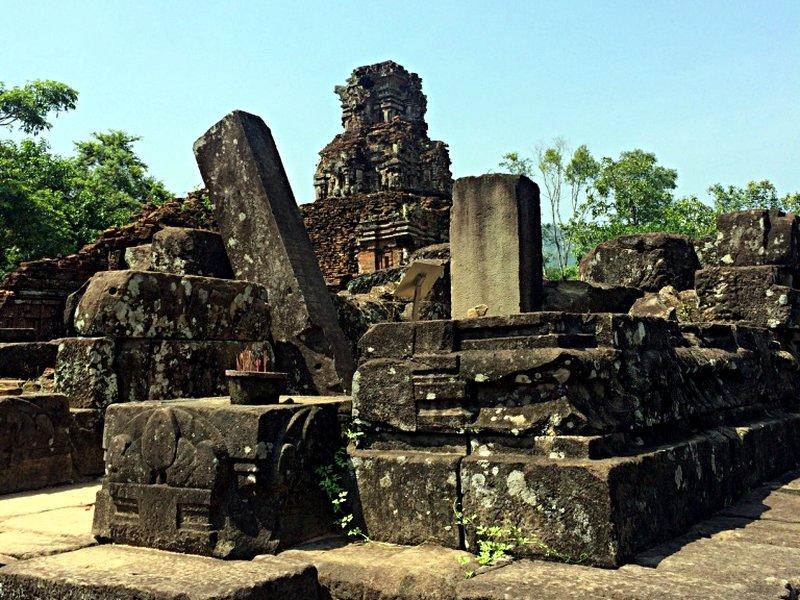 Ein zerstörter Tempel der vietnamesischen Stadt My Son. (Foto: Ruti)