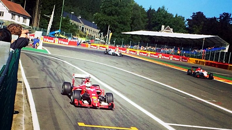Auf dem Circuit de Spa-Francorchamps war ich ganz nah dran an Sebastian Vettel und Co. (Foto: Ruti)