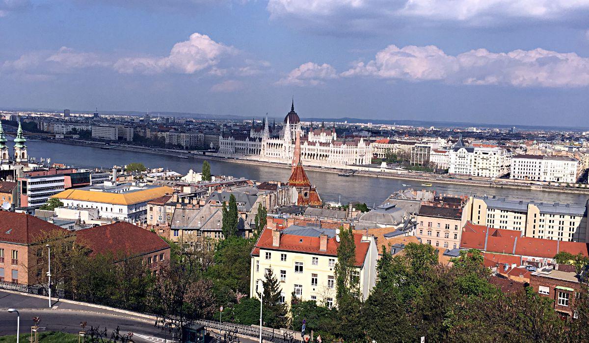 Der Blick über Budapest ist wirklich wunderschön. Man kann sich gar nicht daran satt sehen. (Foto: Ruti)