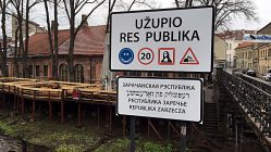Eingangsschild der Republik Uzupis in Vilnius, Litauen (Foto: Ruti)