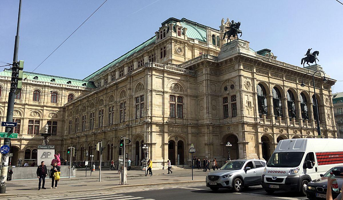 Die Wiener Oper gilt als eines der schönster Opernhäuser der Welt. (Foto: Ruti)