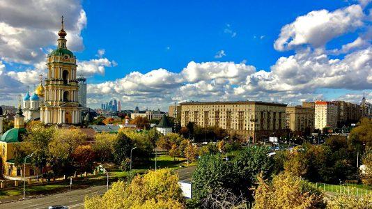 Das ist der bescheidene Ausblick aus meiner Wohnung in Moskau. (Foto: Ruti)