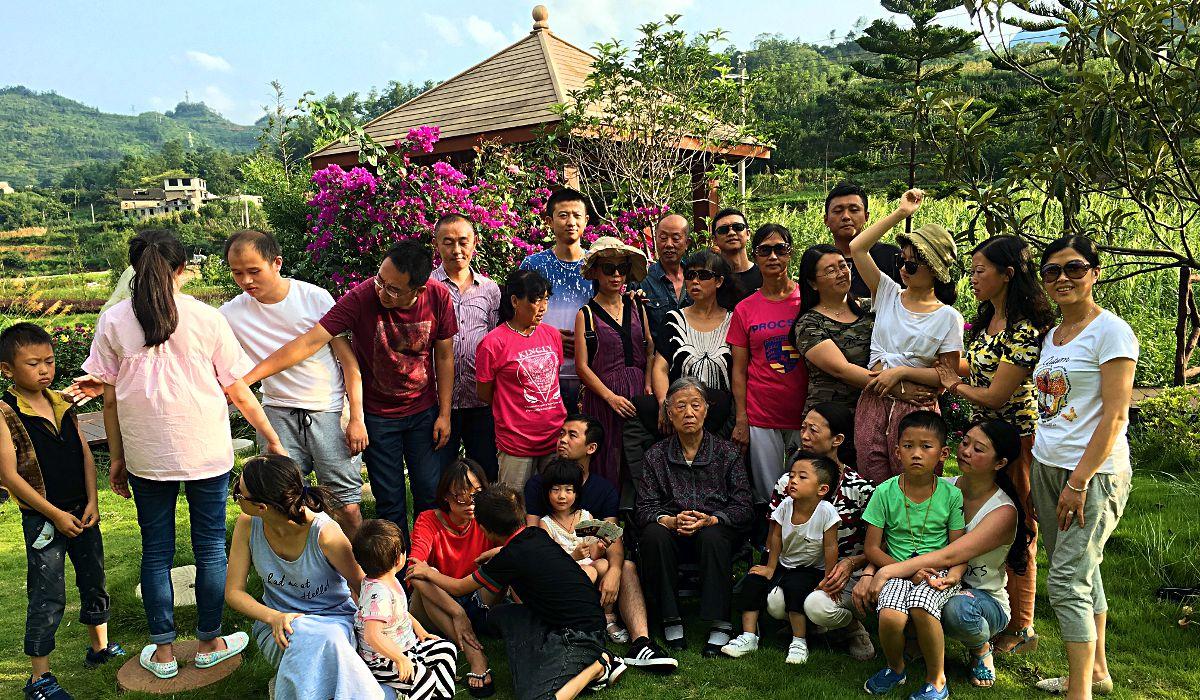 Gastfreundschaft wird in China großgeschrieben. Einen Tag nach dem Kennenlernen durfte ich am jährlichen Familiengrillfest teilnehmen. (Foto: ruti)