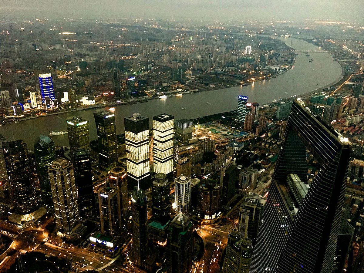 So sieht Shanghai vom Shanghai-Tower, dem zweithöchsten Gebäude der Welt aus. (Foto: Ruti)