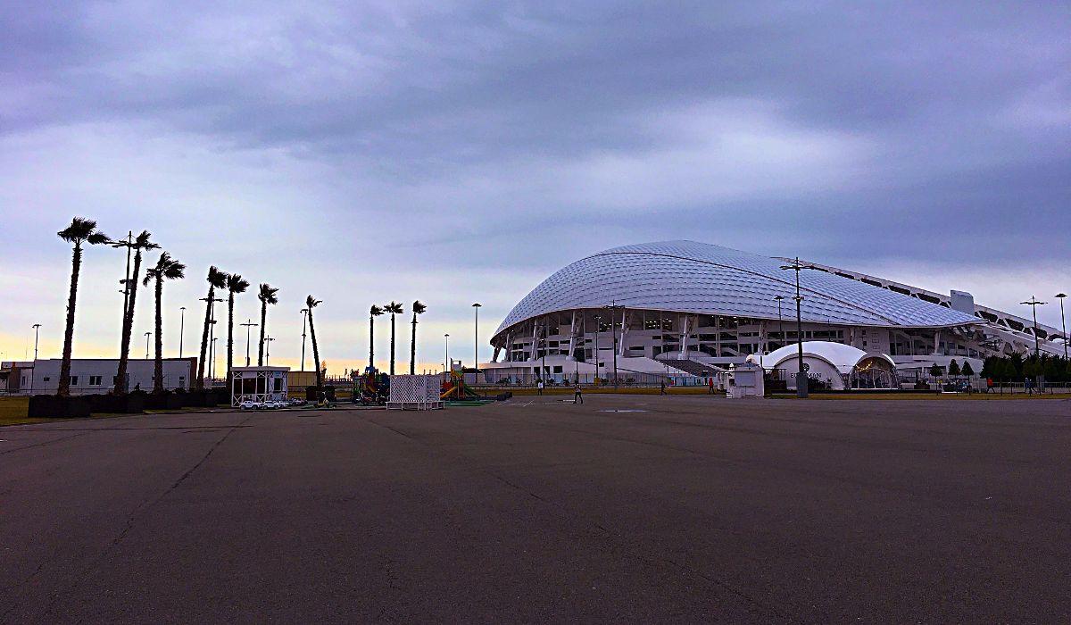 Das Olympia-Stadion in Sotschi. Hier wird bei der Fußball-WM 2018 auch gekickt. (Foto: Ruti)