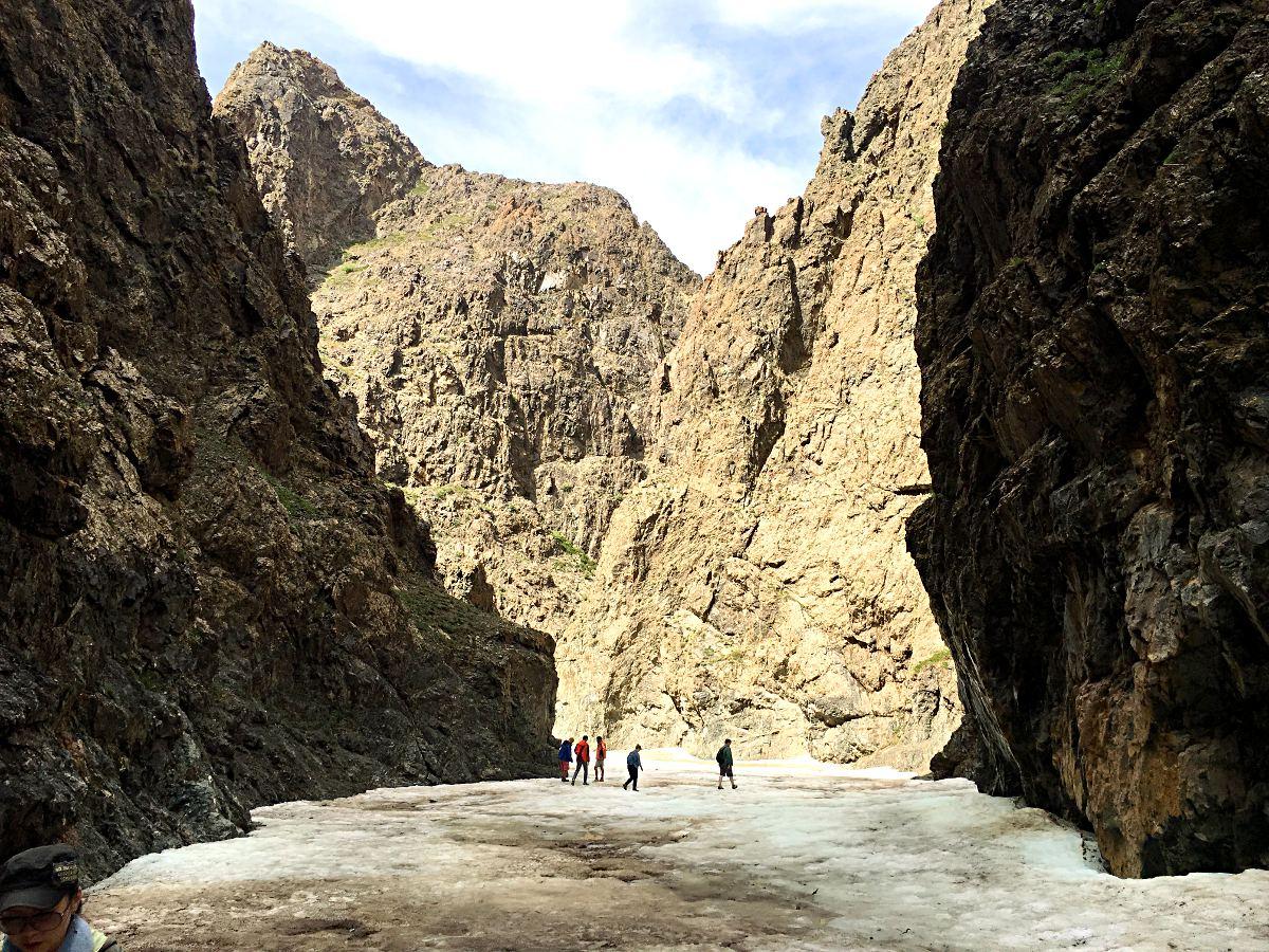 Das Eis-Tal in der Mongolei bei über 20 Grad (Foto: ruti)