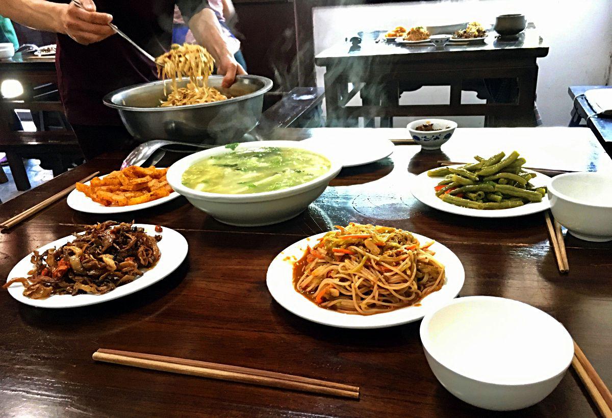 Das Essen im Wu-Wu-Tempel in China ist vegetarisch. (Foto: Ruti)