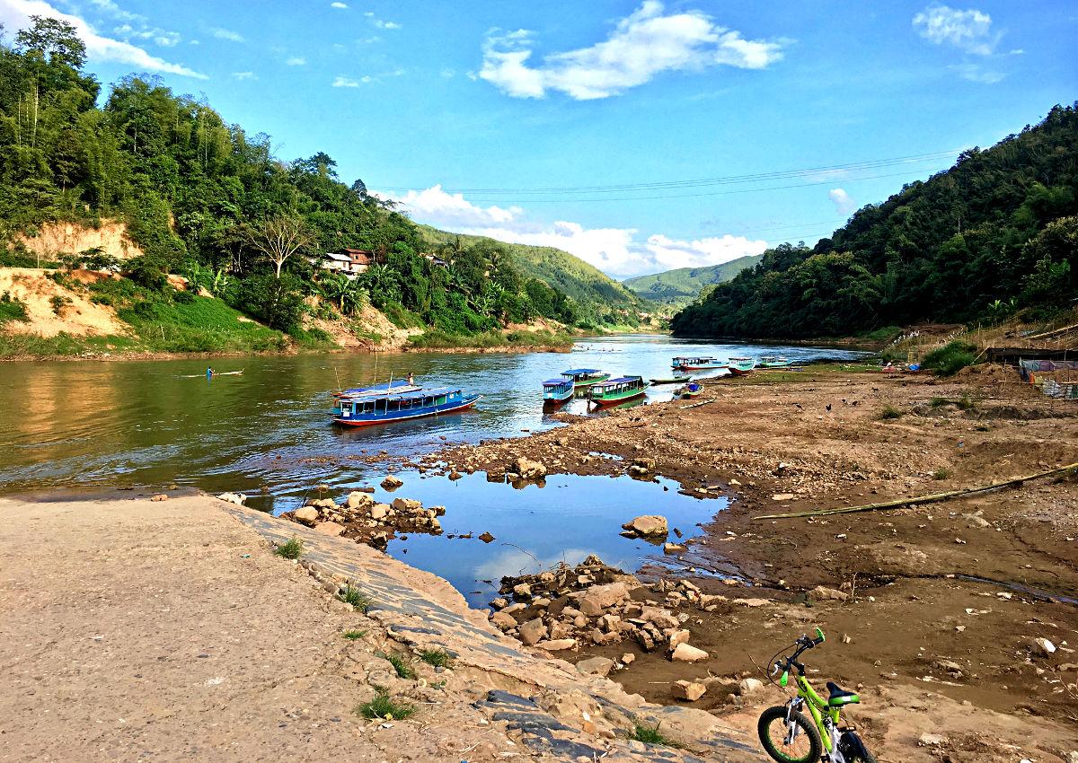Der Fluss in Muang Khua ist malerisch. (Foto: Ruti)