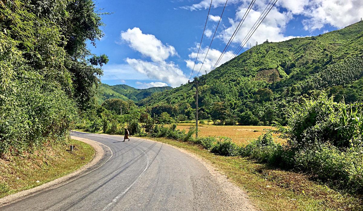 Schönes Wetter und schöne Natur sind das optimale Szenario für eine Motorrad-Tour. (Foto: Ruti)