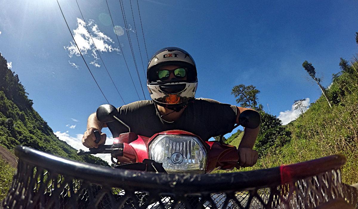 Es macht auch alleine viel Spaß mit dem Motorrad durch Laos zu fahren. (Foto: Ruti)