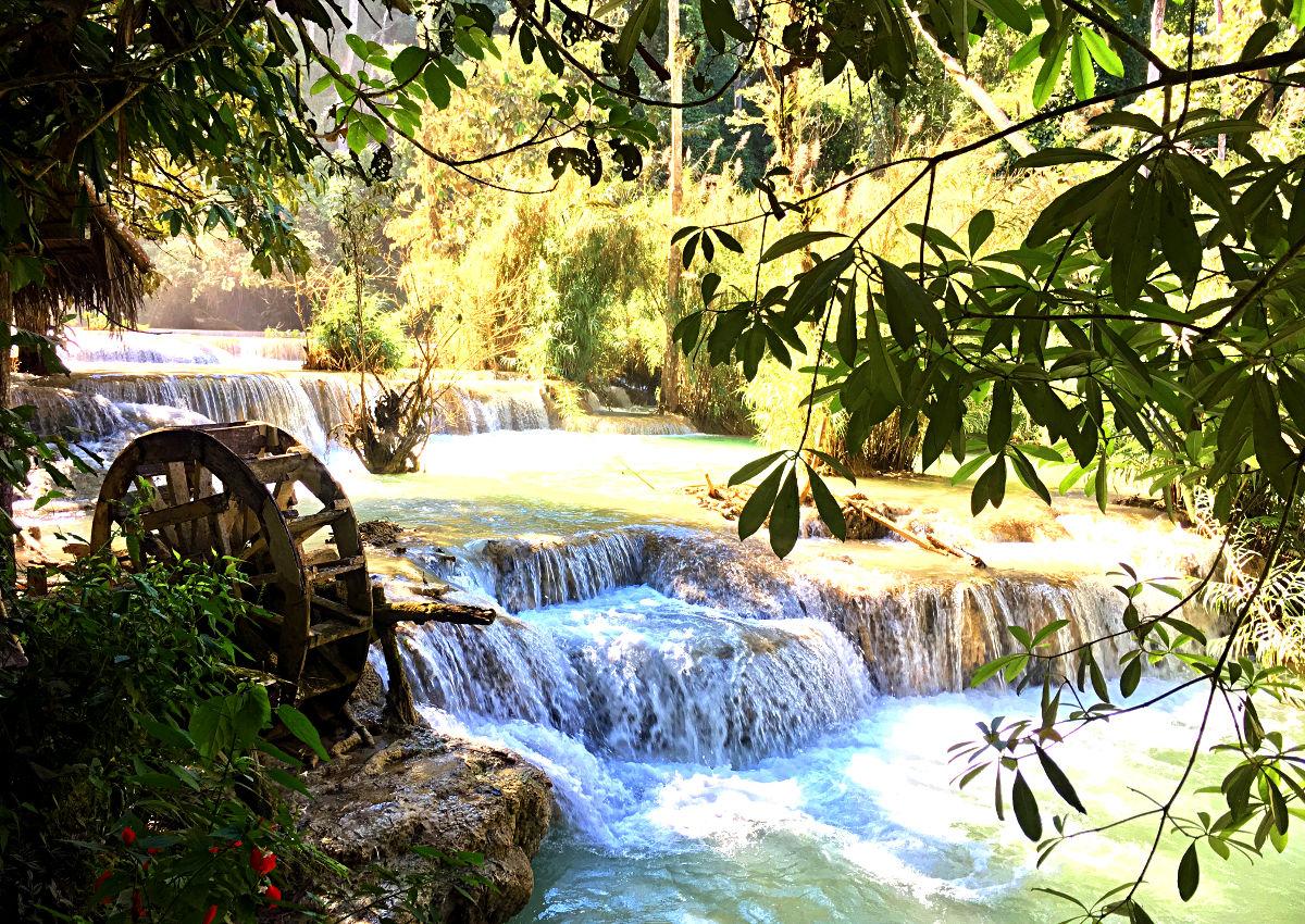 Das und mehr erwartet Dich bei den Kuang Si Wasserfällen. (Foto: Ruti)