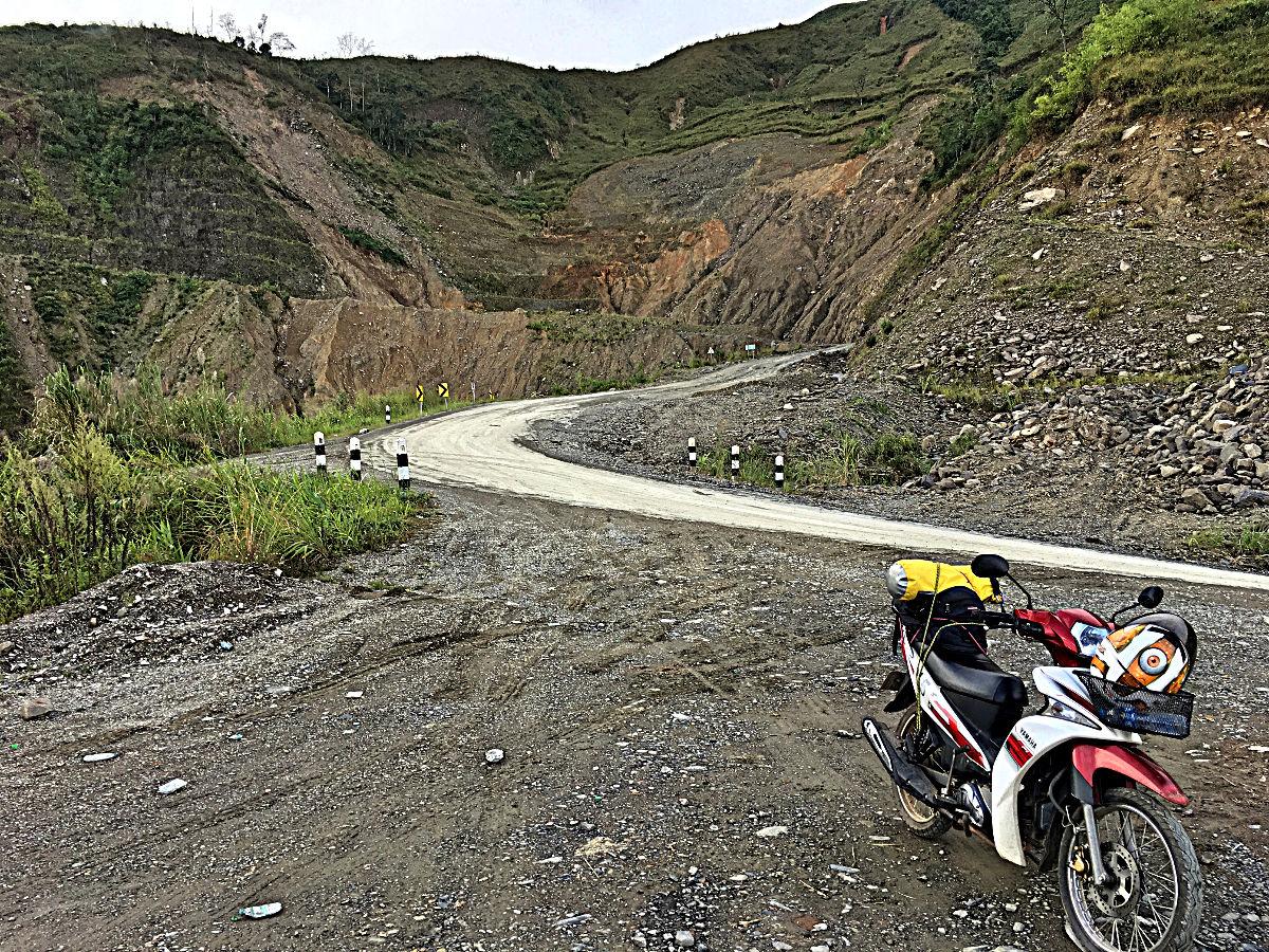 Im Gebirge war es teilweise auch ziemlich schroff. (Foto: Ruti)