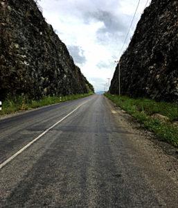 Eine hübsche Straße, aber leider nicht die richtige. (Foto: Ruti)