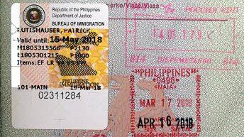 Mein Visum (re. unten) und meine Verlängerung (li.) für die Philippinen (Foto: Ruti)