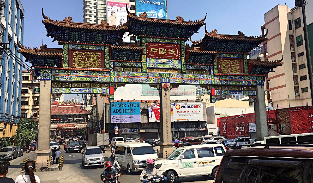 Es ist deutlich zu erkennen: Hier beginnt Chinatown. (Foto: Ruti)