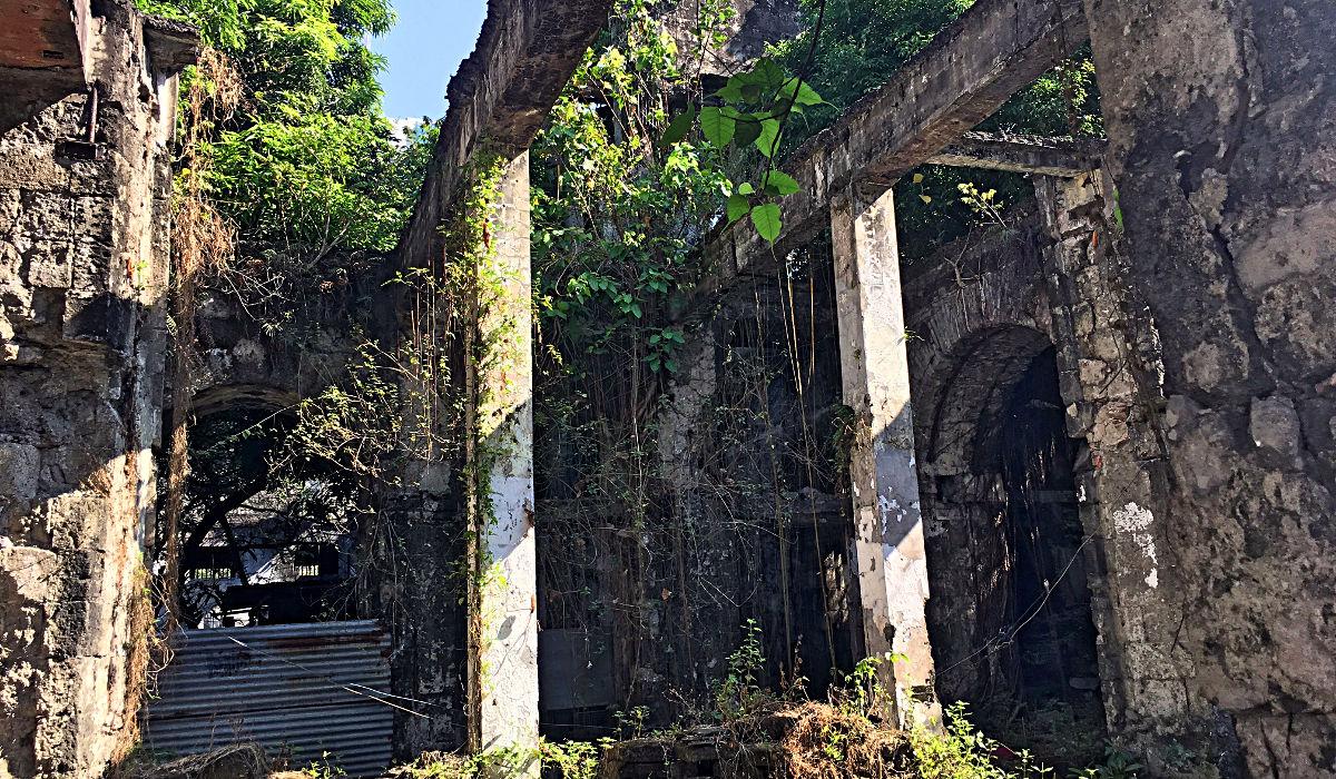 Einige Gebäude in der Altstadt Manilas sind Ruinen. (Foto: Ruti)