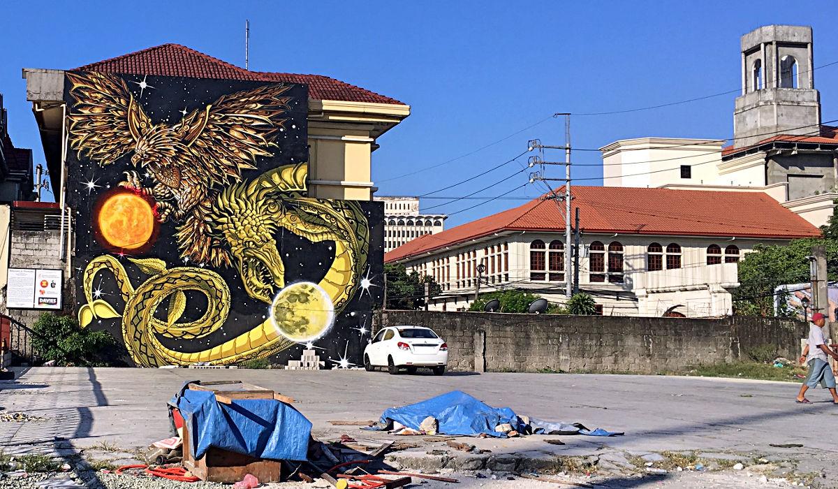 Das Intramuros ist ein Nebeneinander von Geschichte und Moderne, Anmut und Dreck. (Foto: Ruti)