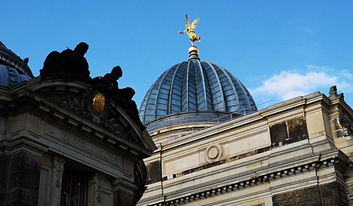 """Die Dresdner nennen die Kuppel der Kunstakademie """"Zitronenpresse"""". Warum, brauche ich wohl nicht erklären. (Foto: Ruti)"""