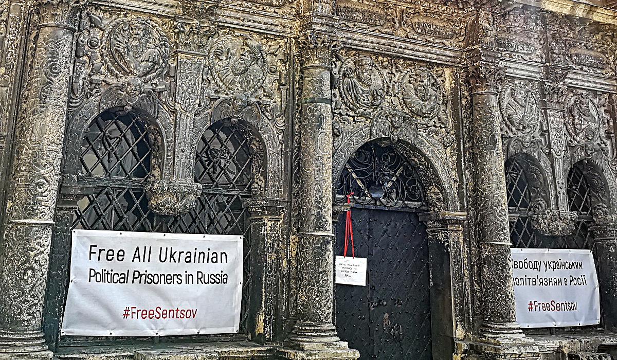Überall in Lwiw wird die Freilassung ukrainischer Gefangener in Russland gefordert. (Foto: Ruti)