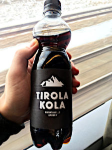 Tirola Kola - getrunken in Deutschland. (Foto: Ruti)