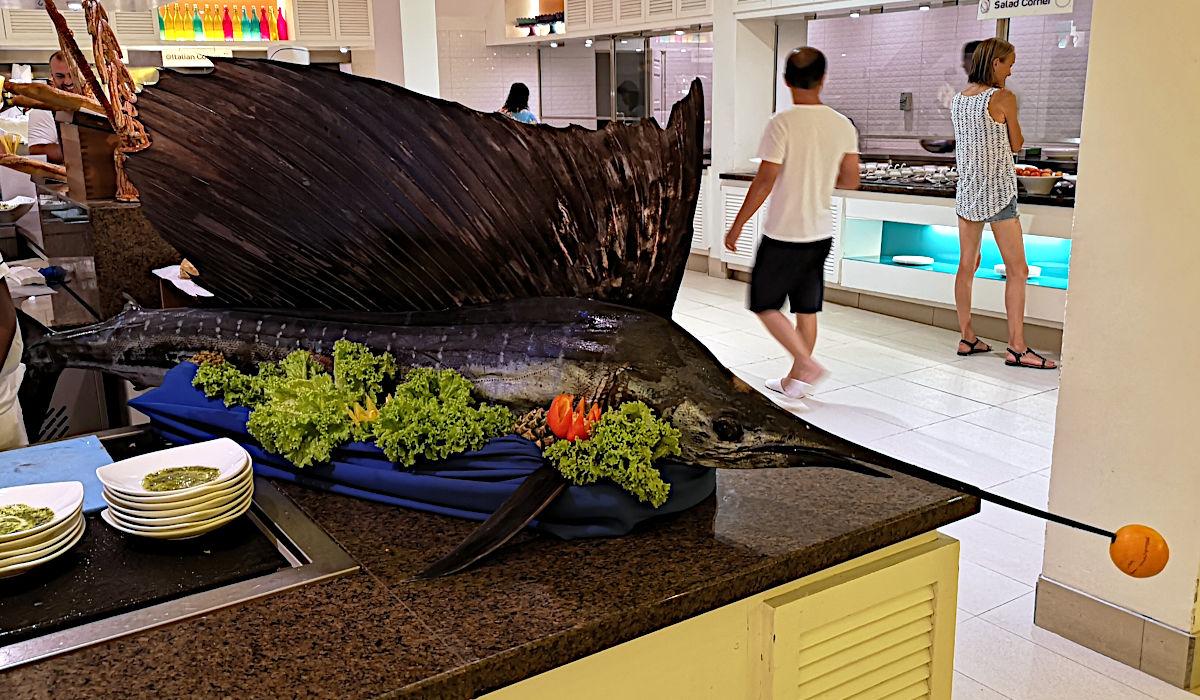Das Essen im Club Med Kani war wirklich erstklassig und die Auswahl riesig. (Foto: Ruti)