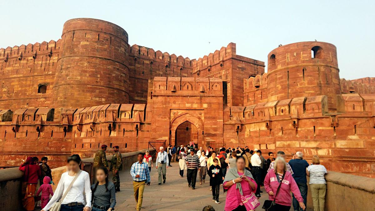 Das Rote Fort ist die Sehenswürdigkeit Nummer 2 in Agra. (Foto: Ruti)