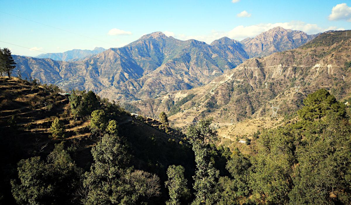 Die Berglandschaft um Rishikesh (Foto: Ruti)