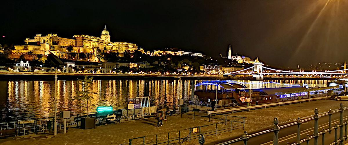 Budapest bei Nacht (Foto: Ruti)