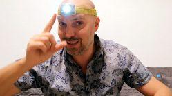 Typisches Reise-Equipment: die Stirnlampe (Foto: Ruti)