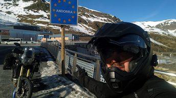 Ich bin mit dem Motorrad durch die Pyrenäen geklettert - bis nach Andorra. (Foto: Ruti)