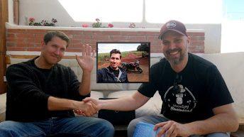 Kirk Wilson (li.) ist mit dem Motorrad durch Südamerika gefahren. (Montage: Ruti/ Kirk Wilson)