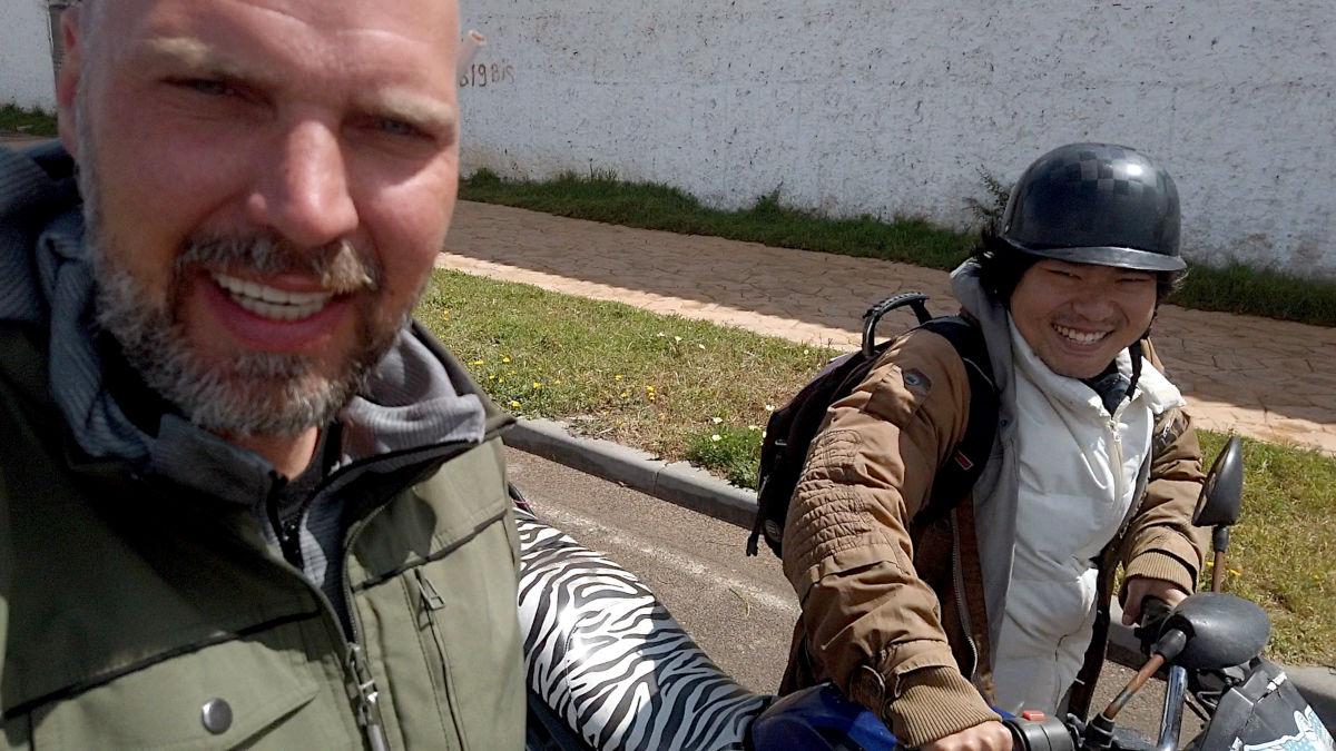Als Anfänger auf Motorrad-Reise - Corona-Kommune in Marokko