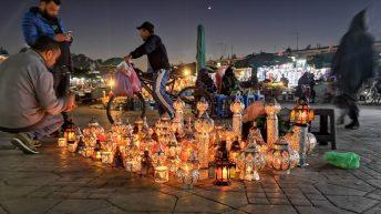 Auf dem Djemaa-el-Fna-Platz in Marrakesch gibt es viel zu sehen. (Foto: Ruti)