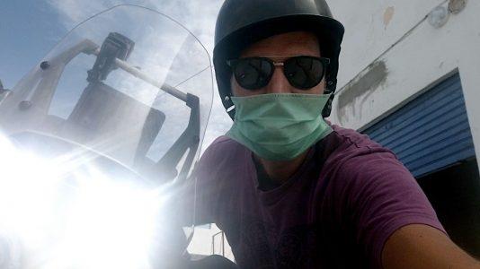 Meine Luzy (Spitzname meines Motorrads) und ich hatten uns darauf gefreut, wieder losfahren zu dürfen. Aber daraus wird erstmal nichts. (Foto: Ruti)
