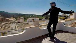 Nach mehr als einem Jahr und 20.000 Kilometern auf Motorradreise spreche ich darüber, wie sich meine Moped-Klamotte bewährt hat. (Foto: Ruti)